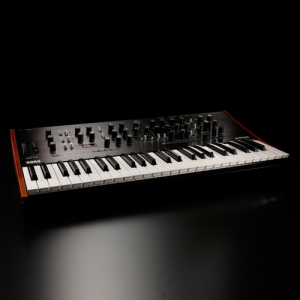 Korg PROLOGUE-8 polifonik analog synthesizer